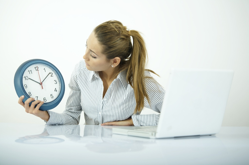 What Payroll Should Ask Before Buying an Employee Time Clock (1)-1